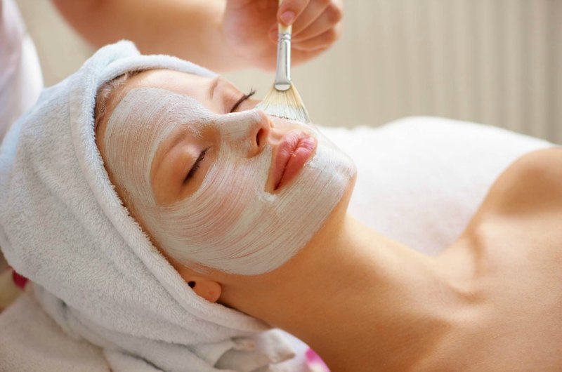 Manuka-honey-facial-2