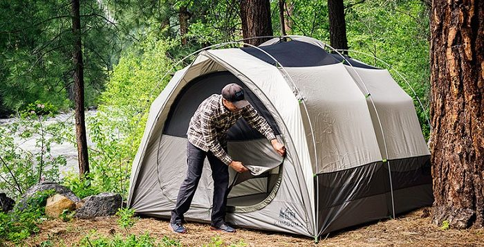 outdoors-camping-equipment