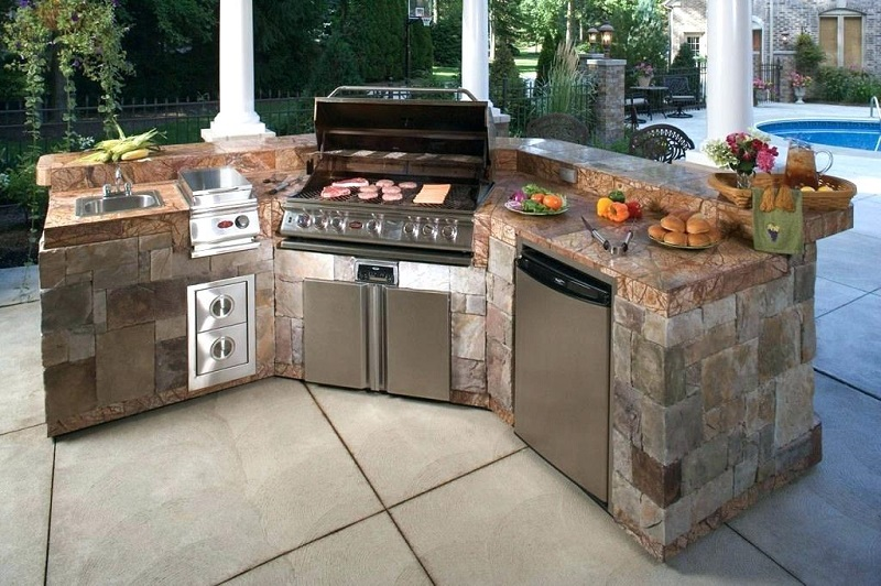 outdoor-kitchen-bbq