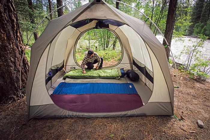 camping-mattress
