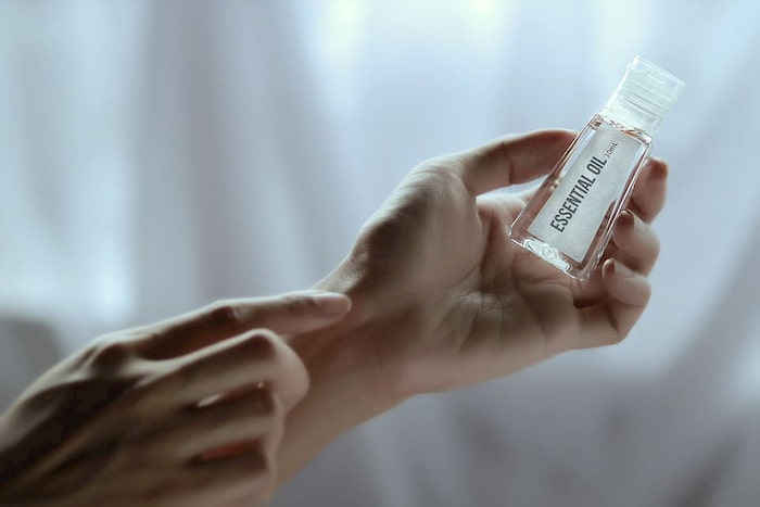 aromatherapy-on-skin