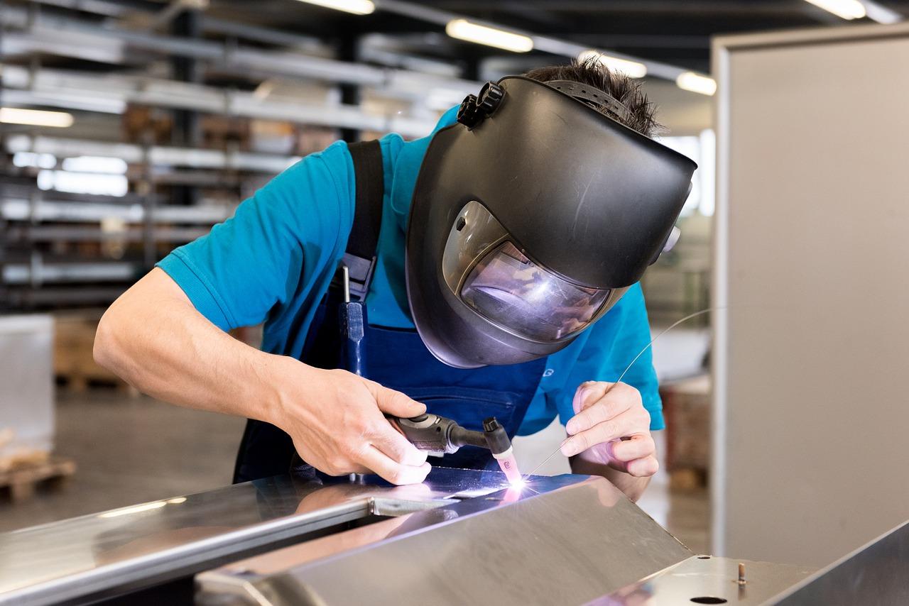 welding helmet welder